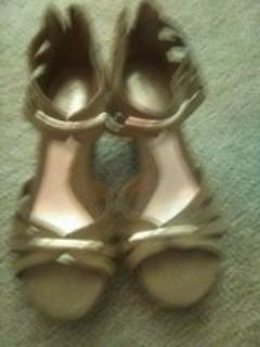 size 6tan wedges