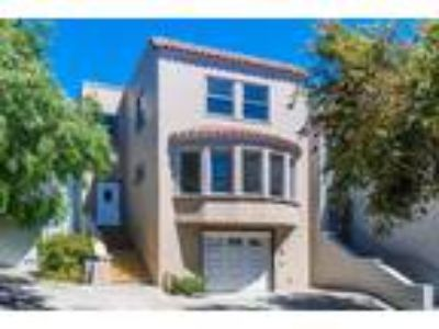 Renovated 2 BR Flat in Bernal Heights