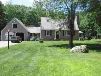 319 Bungy RD Scituate Three BR, ! Secluded! Updated!