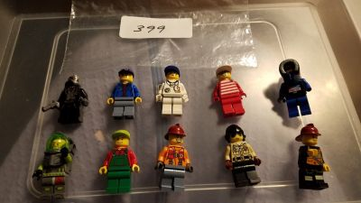 10 Lego Minifigures Group 399