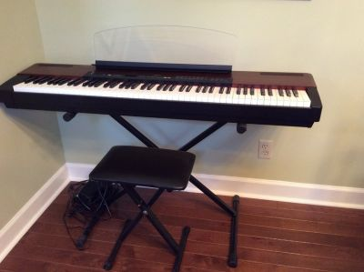 Yamaha P120 88 key Stage Piano with Speakers (stand and seat included)