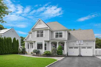 709 Peconic St Ronkonkoma Five BR, Newly built Colonial approx.