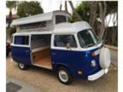 1974 Volkswagen Bus Vanagon Riviera