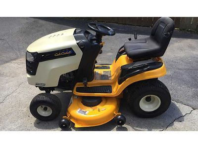 RIDING MOWER CUB CADET LTX1045, 22HP, EC, ...