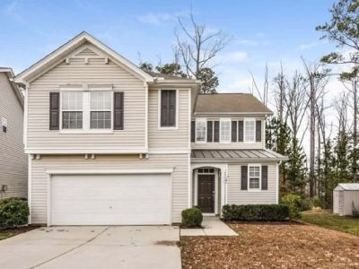 Spacious Single Family Home for rent 3 beds 2.5 baths