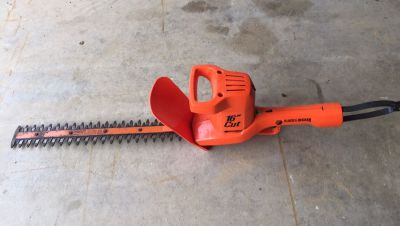 Black & Decker 16 Electric Hedge Trimmers