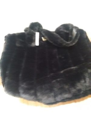 New with tag Victoria Secret Furry Bag