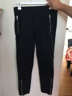 Black pants that fit like leggings size small