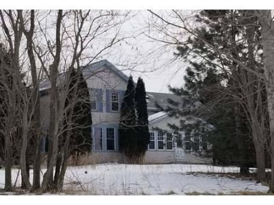 4 Bed 2 Bath Foreclosure Property in Oconomowoc, WI 53066 - County Rd E