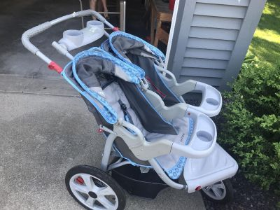 Double Stroller, excellent condition.