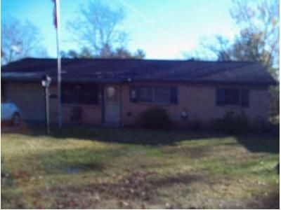 2 Bed 1 Bath Foreclosure Property in Beaumont, TX 77707 - Smelker St