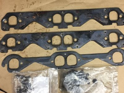 Hooker header adapter plates