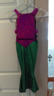Mermaid floating device!! 20-33 pds