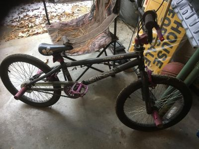 Freestyle thruster bike black and pink