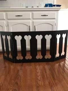 Bone Dog mini trifold decorative gate that can sit in front of flexible dog pen