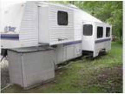 1996 Terry Fifth Wheel Trailer