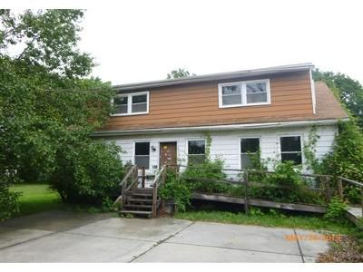 4 Bed 2 Bath Foreclosure Property in Bristol, PA 19007 - Newport Rd