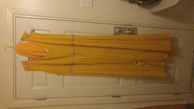 PARTY/FORMAL DRESS EXCELLENT CONDITION