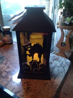 Lighted battery operated holloween lantern brand new
