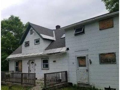 4 Bed 2 Bath Foreclosure Property in Berne, NY 12023 - Helderberg Trl
