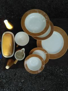 Complete Dish Sets