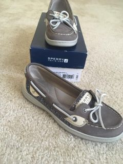 Sperry angelfish grey/seq in box size 7
