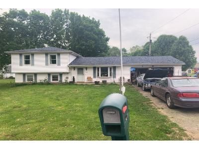 Preforeclosure Property in Circleville, OH 43113 - Meadow Dr