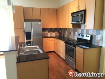 $1,207, 2br, Available 02/18/2018 Pretty 2 bd/2.0 ba Apartment