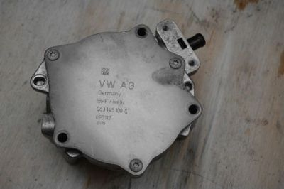 Purchase 09-13 AUDI A4 A5 A6 Q5 TT ALLROAD 06J145100G VACUUM FUEL PUMP 2.0L OEM motorcycle in Cumming, Georgia, United States, for US $99.94