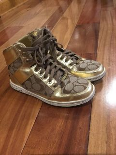 Coach signature C High Top Sneakers size 7.5