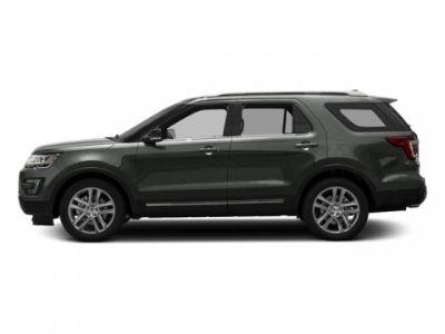 2016 Ford Explorer XLT (Magnetic Metallic)