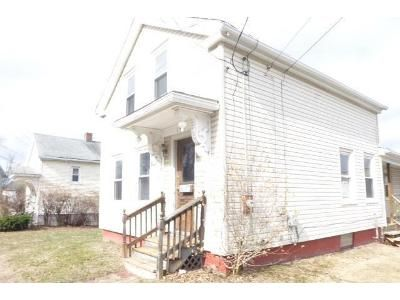 3 Bed 1.5 Bath Foreclosure Property in Chicopee, MA 01013 - South St