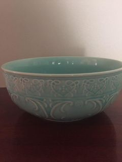10 round light turquoise serving bowl-microwave and dishwasher safe