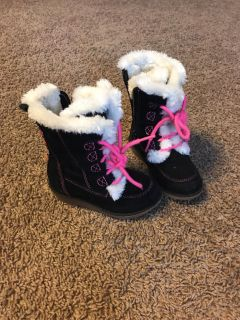 Size 6 girl s boots