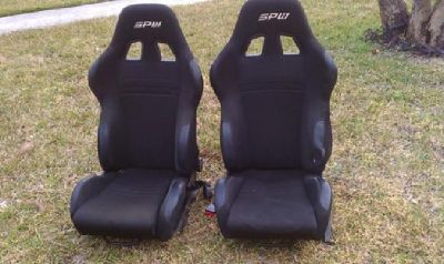 RACE CAR SEATS--set of 2 SPW black with brackets