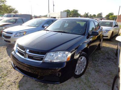 2012 Dodge Avenger SE (Black)