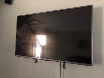 42 inch lg tv with chrome cast