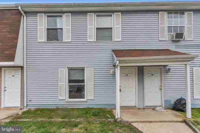 17 Beau Rivage Dr Glassboro, This desirable Three BR 1.5