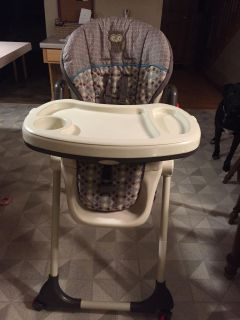 Baby Trends high chair