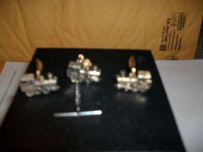 Several RR & lodge style tie and cuff links