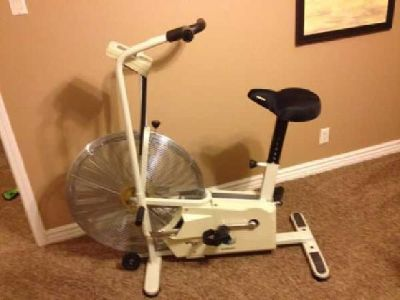 $65 Giant Dual Fit Exercise Bike