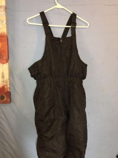 Boys black snow pants from JCPenney great condition size XL