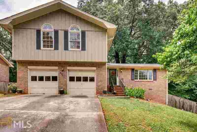 4340 Bexley Dr STONE MOUNTAIN Four BR, Beautiful &