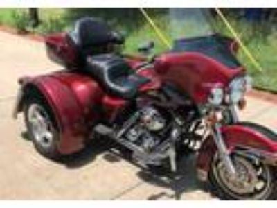 2007 Harley-Davidson FLHTC-Electra-Glide-Classic-Trike Touring in Rowlett, TX