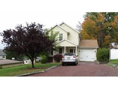 3 Bed 1.5 Bath Foreclosure Property in Shavertown, PA 18708 - Hillside St