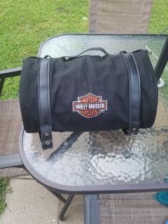 Travel roll up carrier