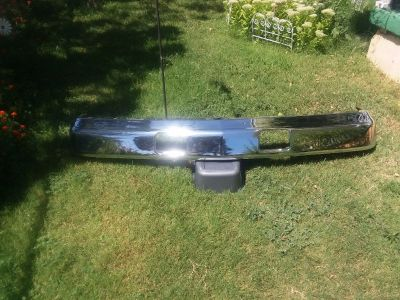 2014 gmc bumper chrome new in shipping box