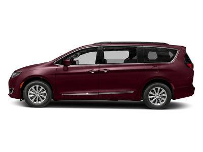 2017 Chrysler Town & Country Touring (Velvet Red Pearlcoat)