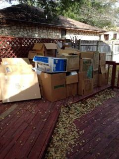 FREE MOVING BOXES AND PACKING PAPER (Temple)