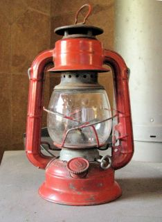 Vintage, 50+ year old Dietz Comet H-5 Red Lantern Lamp Oil